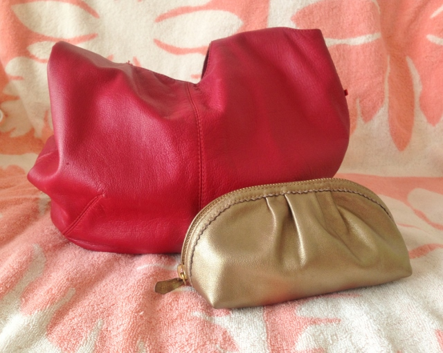 GOLD LEATHER POUCH